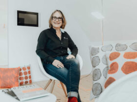 BAUART Herausgeberin: Claudia Karrer - Karrer Kommunikation